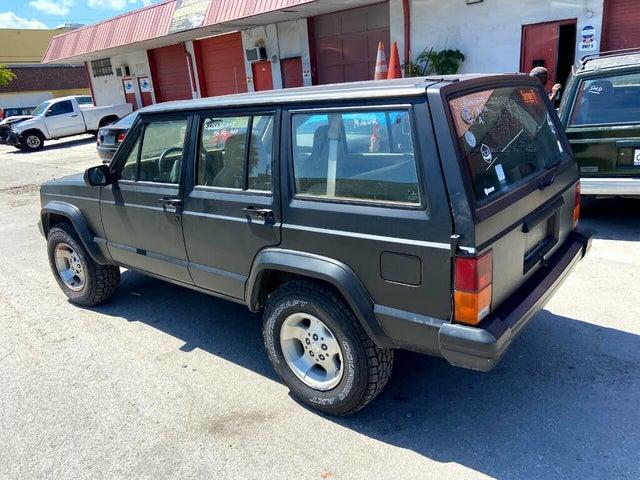 1996 Jeep Cherokee SE 4-Door RWD