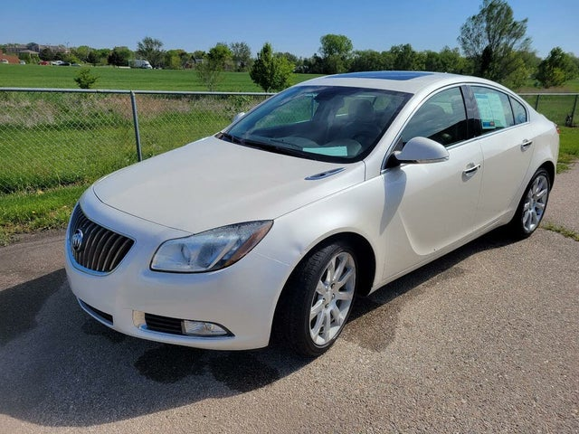 2012 Buick Regal Premium III Turbo Sedan FWD