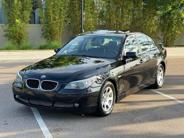 2004 BMW 5 Series 525i Sedan RWD