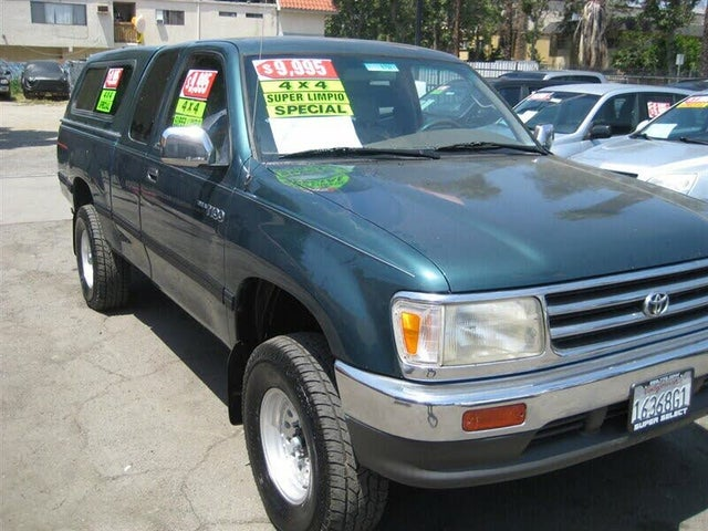 1998 Toyota T100 2 Dr DX 4WD Extended Cab SB