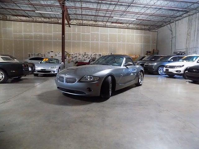 2005 BMW Z4 3.0i Roadster RWD