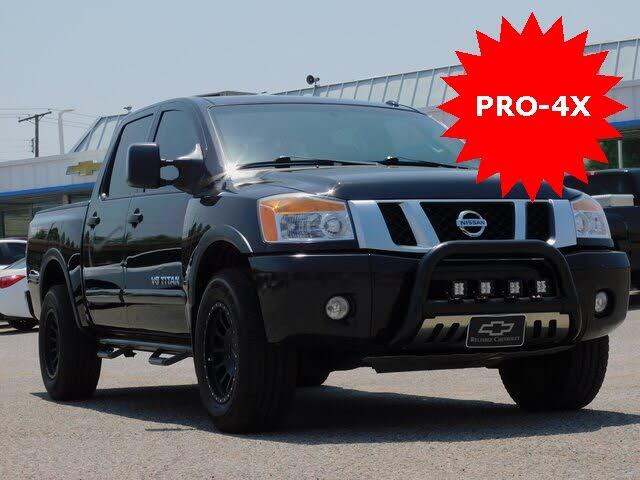 2015 Nissan Titan PRO-4X Crew Cab 4WD