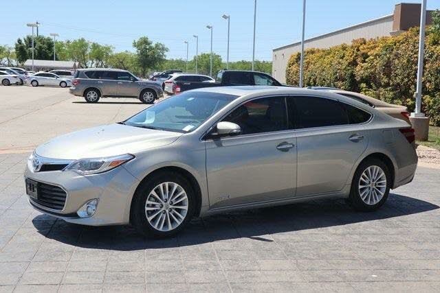 2013 Toyota Avalon Hybrid Limited FWD