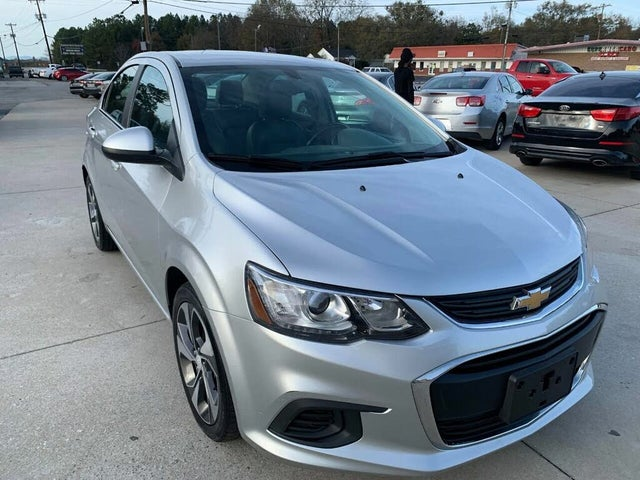 2017 Chevrolet Sonic Premier Sedan FWD