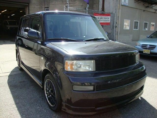 2005 Scion xB 5-Door