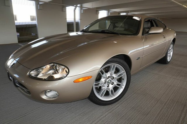 2001 Jaguar XK-Series XK8 Coupe RWD