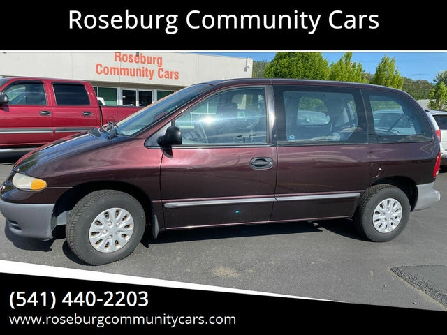 1996 Plymouth Voyager Minivan