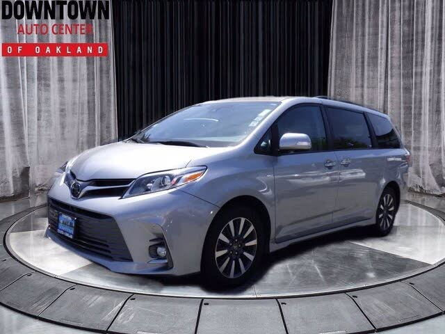 2018 Toyota Sienna Limited Premium 7-Passenger AWD