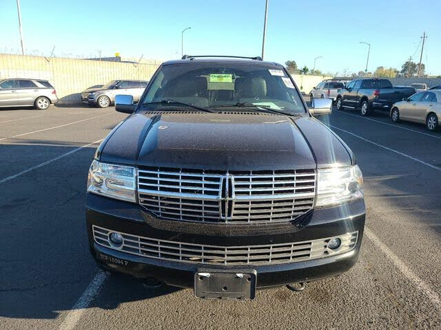 2012 Lincoln Navigator L RWD