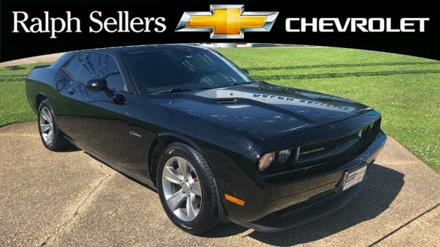 2014 Dodge Challenger SXT RWD