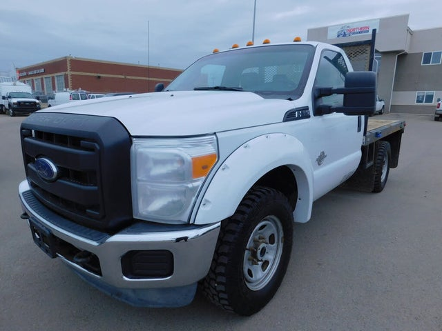 2015 Ford F-350 Super Duty Chassis XL 4WD