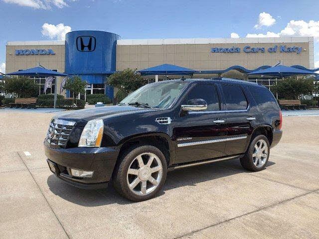 2012 Cadillac Escalade Luxury RWD