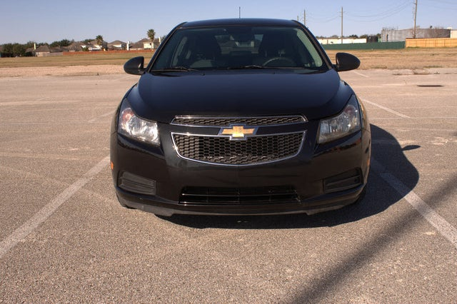2014 Chevrolet Cruze LS Sedan FWD