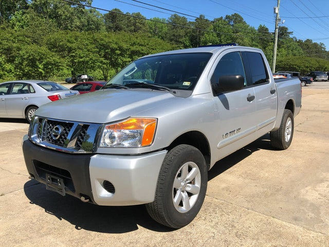 2011 Nissan Titan SV Crew Cab 4WD
