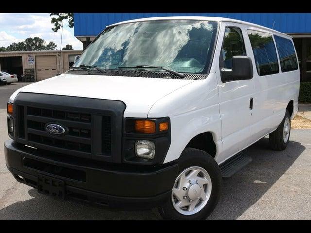 2013 Ford E-Series E-350 XL Super Duty Passenger Van