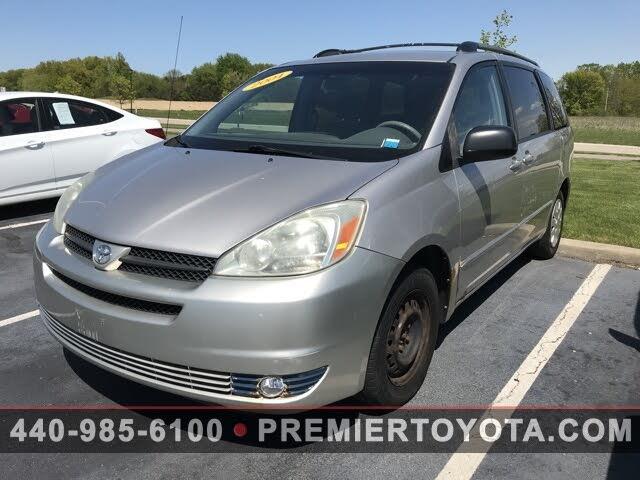 2004 Toyota Sienna 4 Dr LE Passenger Van