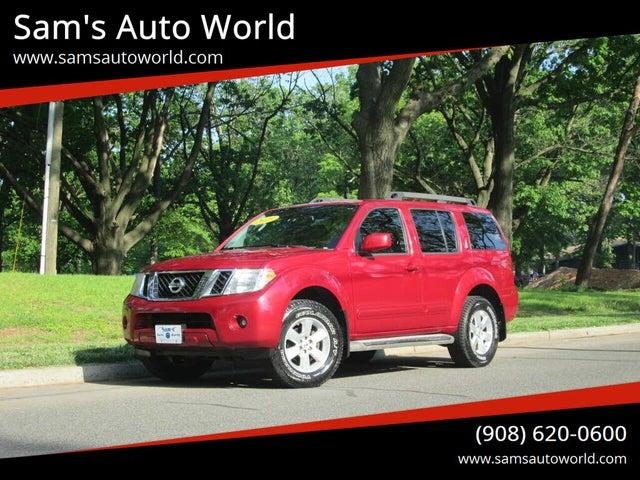 2010 Nissan Pathfinder SE 4WD