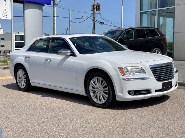 2012 Chrysler 300 Limited AWD