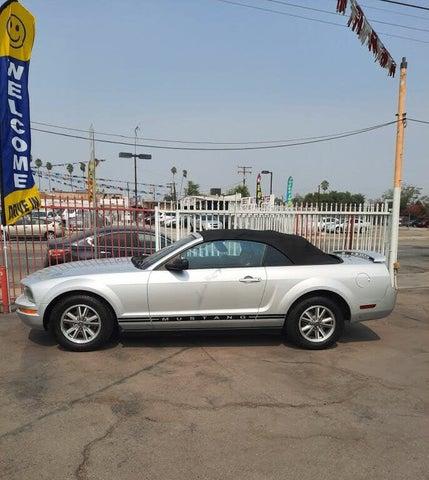 2005 Ford Mustang V6 Premium Convertible RWD