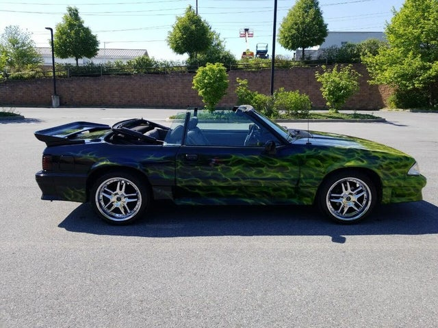1988 Ford Mustang GT Convertible RWD