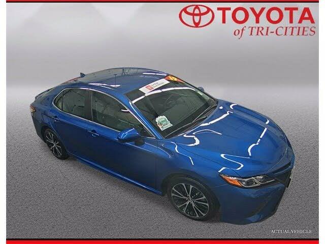 2019 Toyota Camry SE FWD