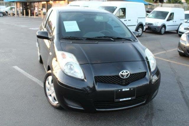 2011 Toyota Yaris 2dr Hatchback