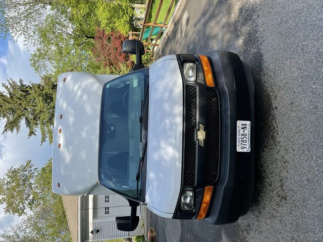 2017 Chevrolet Express Chassis 3500 177 Cutaway RWD