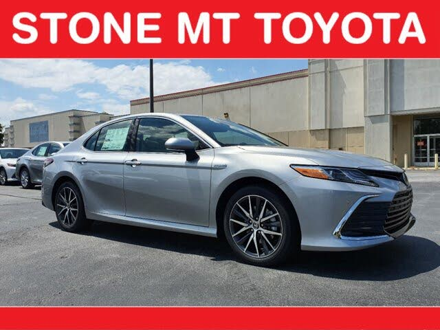 2021 Toyota Camry Hybrid XLE FWD