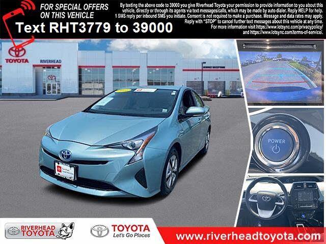 2016 Toyota Prius Three FWD