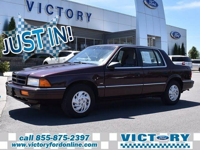 1995 Dodge Spirit 4 Dr STD Sedan