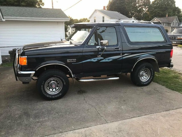 1988 Ford Bronco XLT 4WD