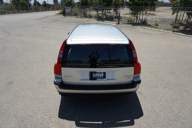 2004 Volvo V70 R Turbo Wagon AWD