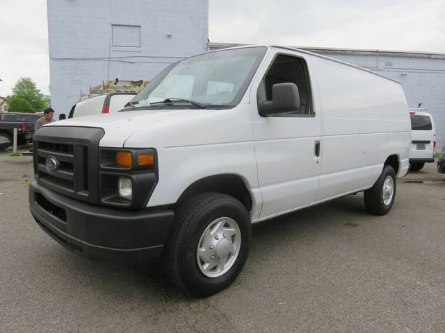 2008 Ford E-Series E-250 Cargo Van