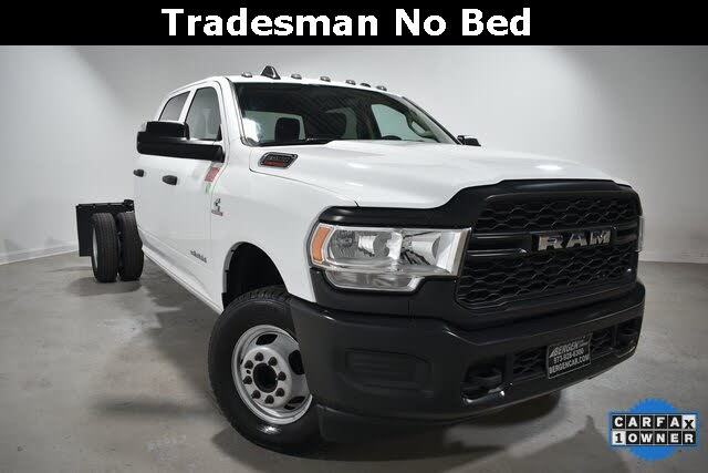 2019 RAM 3500 Chassis Tradesman Crew Cab DRW 4WD