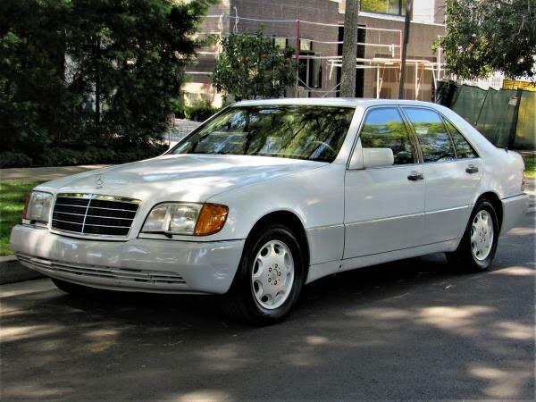 1992 Mercedes-Benz 400-Class 4 Dr 400SE Sedan
