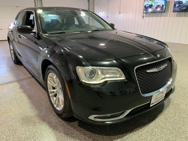 2017 Chrysler 300 Touring RWD