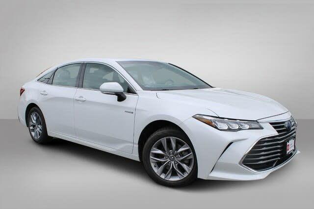 2019 Toyota Avalon Hybrid Limited FWD
