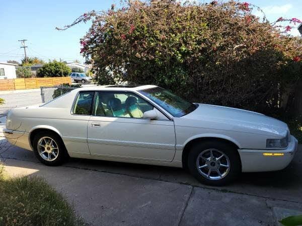 2002 Cadillac Eldorado ETC Collectors Series Coupe FWD