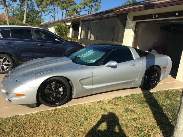 1997 Chevrolet Corvette Coupe RWD
