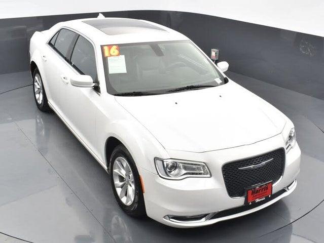 2016 Chrysler 300 Limited Anniversary RWD