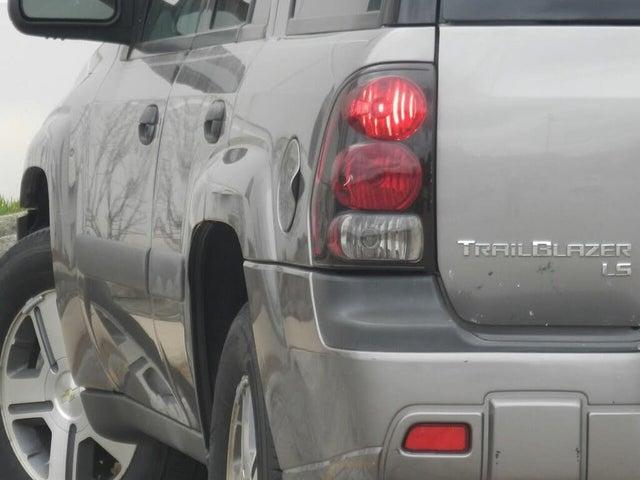 2005 Chevrolet Trailblazer LS RWD