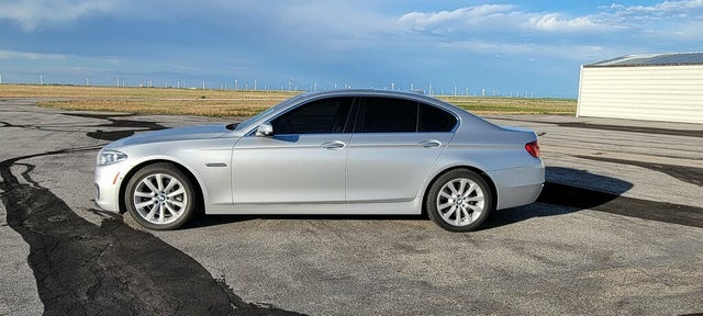 2015 BMW 5 Series 550i Sedan RWD