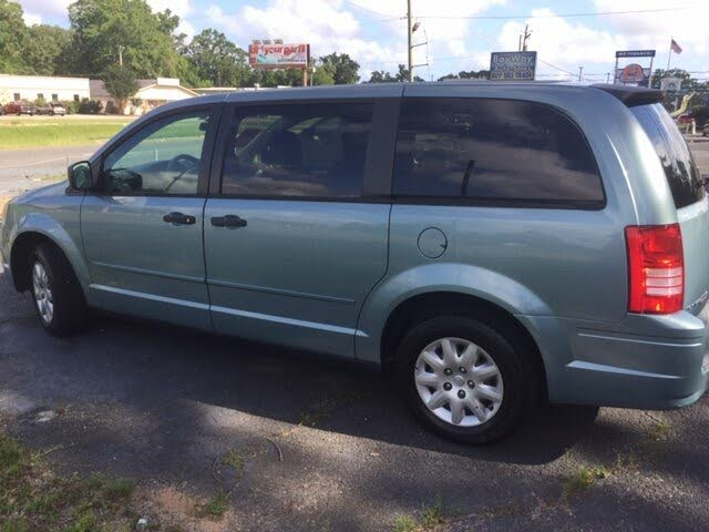 2008 Chrysler Town & Country LX FWD