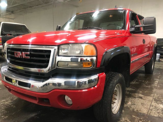 2007 GMC Sierra 2500HD Classic 2 Dr SLE1 Extended Cab Long Bed 4WD