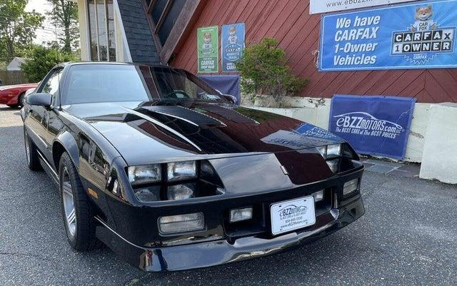 1989 Chevrolet Camaro IROC-Z Coupe RWD