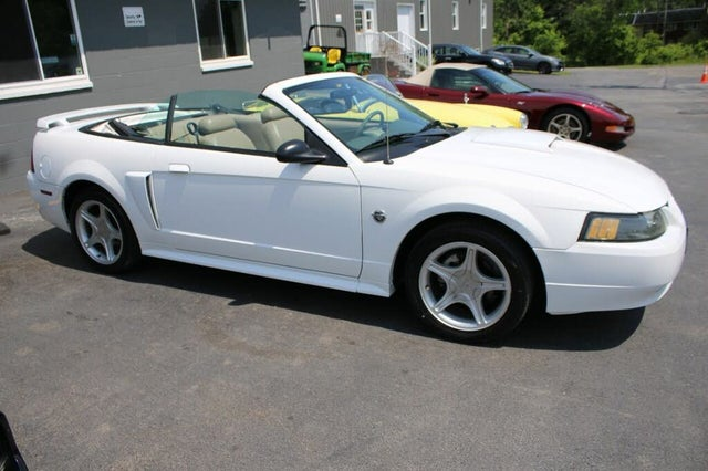 2004 Ford Mustang GT Convertible RWD
