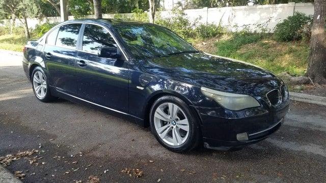 2009 BMW 5 Series 528i Sedan RWD