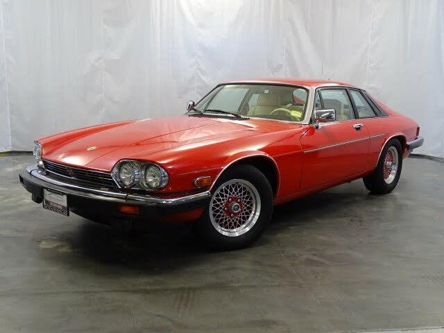 1990 Jaguar XJ-Series XJS Collection Rouge Coupe RWD