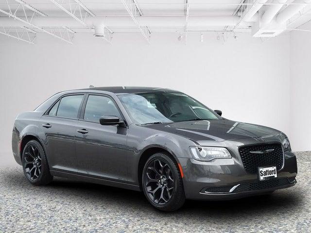 2019 Chrysler 300 Touring RWD