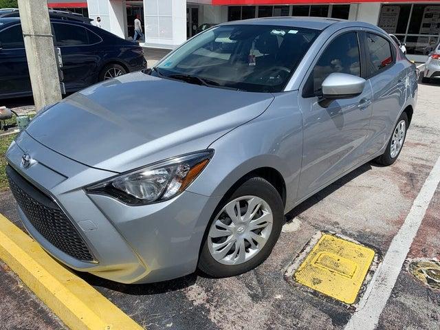 2019 Toyota Yaris L Sedan FWD